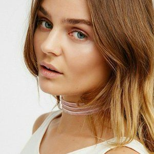$38 Free People Aquarius Triple Velvet Choker